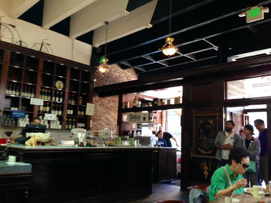 Dottie's True Blue Cafe: Another inside view