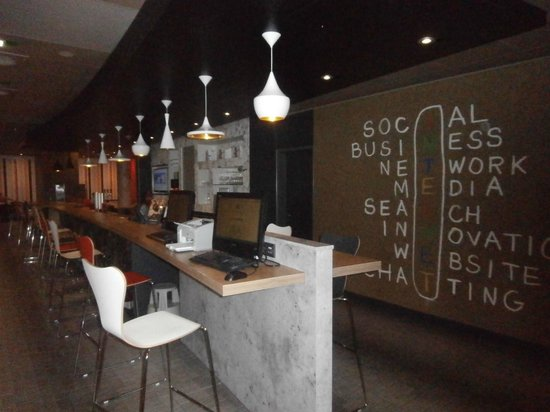 Ibis Berlin Kurfurstendamm: Gratis internet en bar.