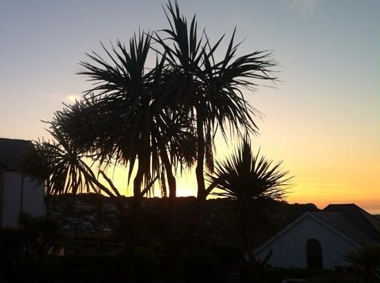 Headland House: Sonnenuntergang, Blick von der Terrasse