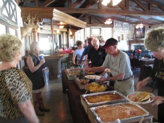 The Veranda Inn: Fantastic catered buffet