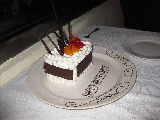 Fiesta Americana Condesa Cancun All Inclusive: Anniversary Dessert