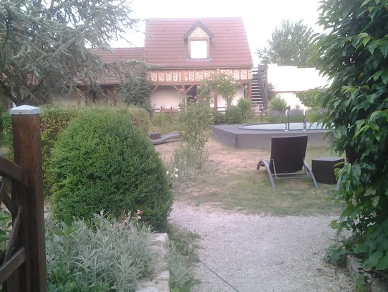 L'Oree du Bois : view