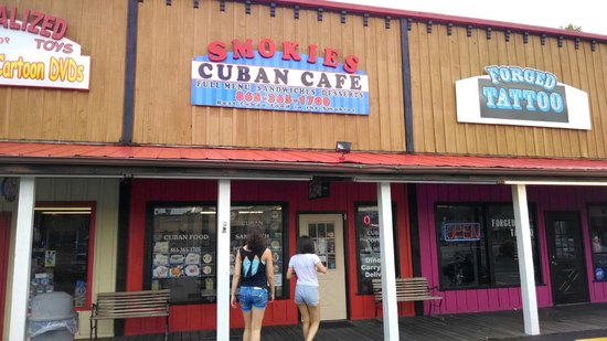 Smokies Cuban Cafe: Storefront