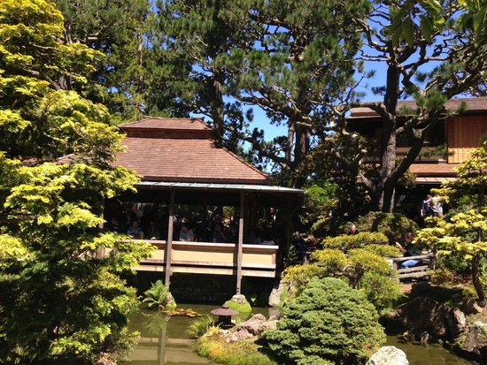 Japanese Tea Garden: Resturant view