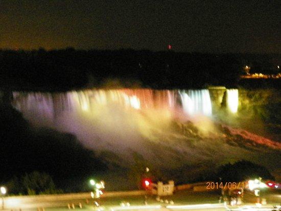 Sheraton on the Falls: NIGHT