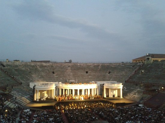 Arena di Verona: Un ballo in maschera
