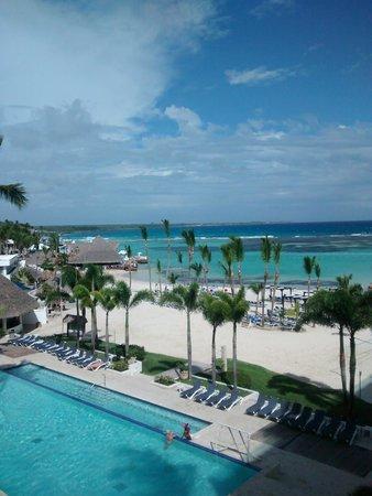 Be Live Experience Hamaca Suites : vista desde la hab a la playa