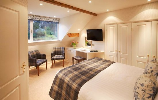 Lindeth Fell Country House: Classic double room
