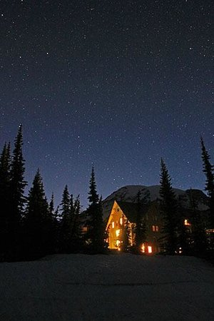 Paradise Inn at Mount Rainier : Paradise Inn, Mt. Rainier and the stars