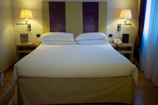Starhotels Splendid Venice : Schlafzimmer - gute Schlafqualität