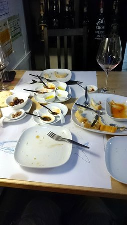 BA Wine Bar do Bairro Alto: That's just how good the biggest most expensive platter is.