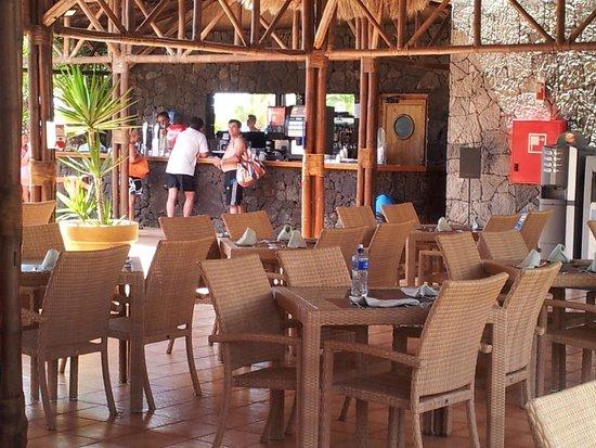 Beatriz Playa & Spa: Pool restaurant