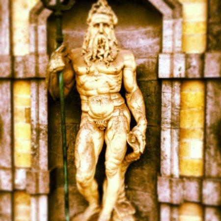Rubens House (Rubenshuis): Les statues extérieures.