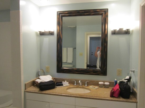 Sanderling Resort: Vanity in main bathroom