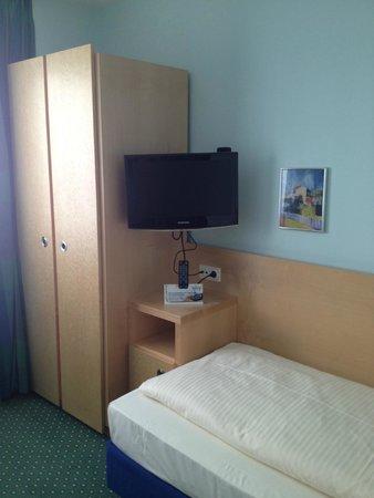 Hotel Konigswache : Телевизор