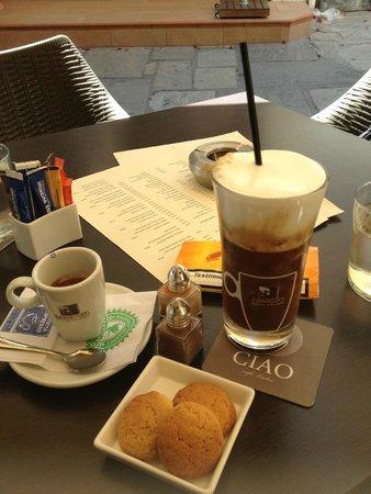Ciao Cafe Bistro: espresso e freddocappuccino