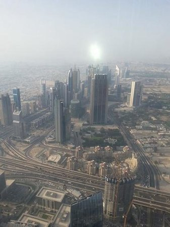 Burj Khalifa: so high it looks like a toy city
