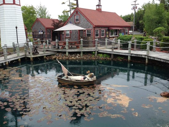 Pirate's Cove Miniature Golf: Fire the water cannon across the bay!