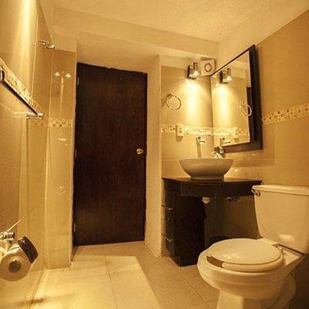 Casa Rua Hotel: baño
