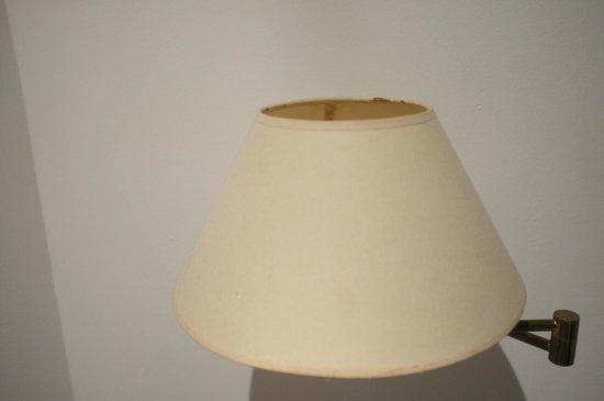 Club Med Columbus Isle : Lampe de chevet... sans ampoule !