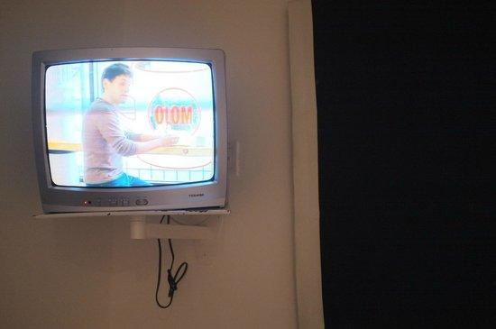 Club Med Columbus Isle: Télévision cathodique