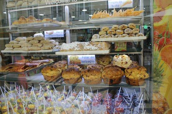 Pastelaria Casa Brasileira: vitrine