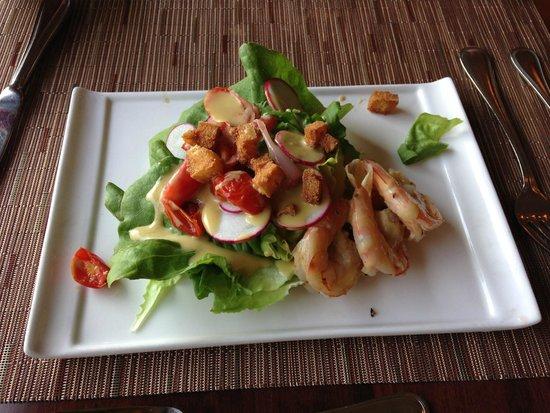 Season's at Highland Lake: Bibb lettuce,roasted grape tomatoes, radishes and shrimp