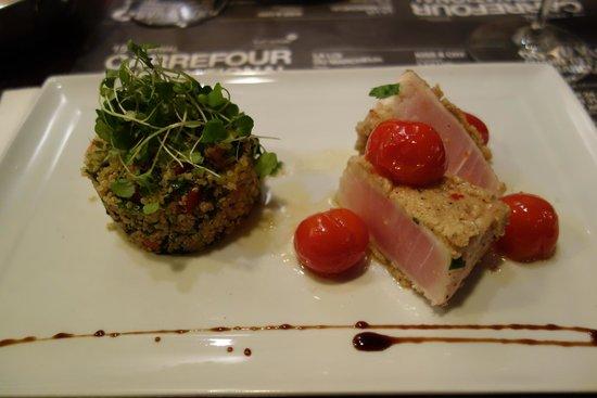 La Gueule de Bois : Blue marlin with quinoa salad