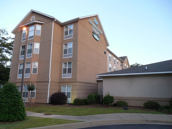 Homewood Suites by Hilton Montgomery: 4 story hotel