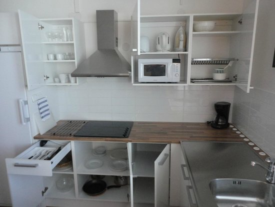 City Apartments - Helsinki: Kitchen