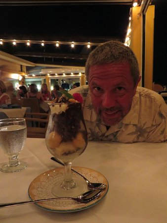 Mickey's Beach Bistro and Bar : The Brownie Masterpiece