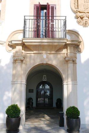 Hoposa Uyal Hotel: Entrance