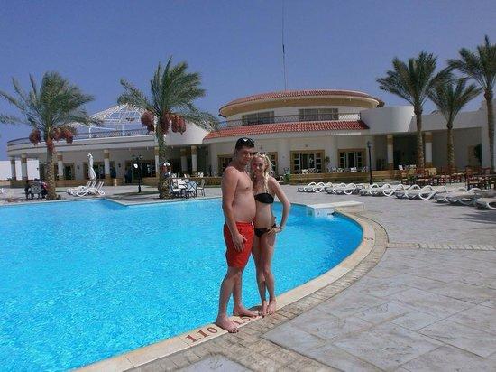 Coral Beach Resort Tiran : The pool near reception