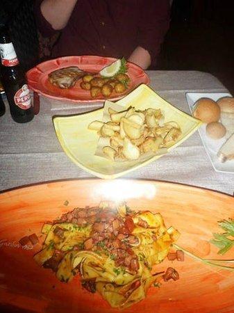 Garden Restaurant: Generous portions