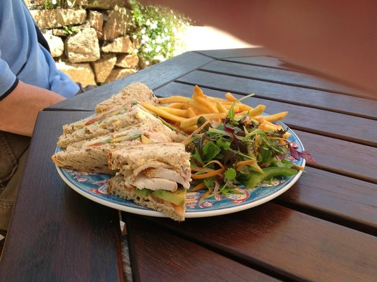 St. Brelades Bay Hotel : Lunch time snack