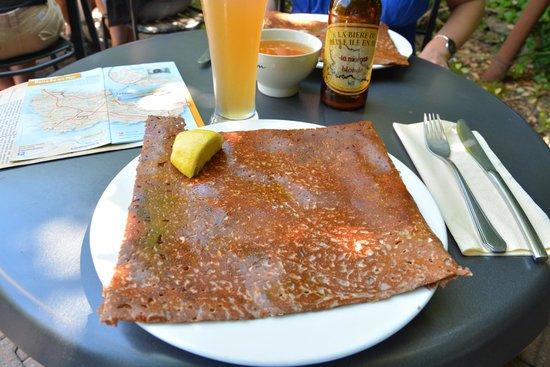 Creperie Chez Renee : Crêpe saumon frais/aneth
