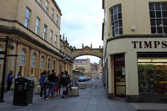 The Roman Baths: street in bath