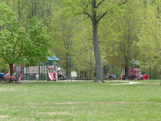 Lums Pond State Park: Playgrounds Lums Pond