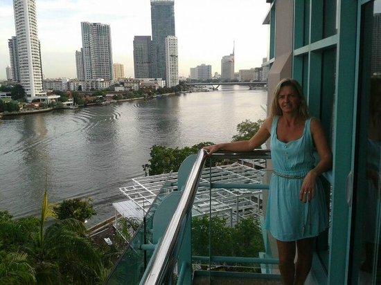 Chatrium Hotel Riverside Bangkok: Amanecer desde la habitacion