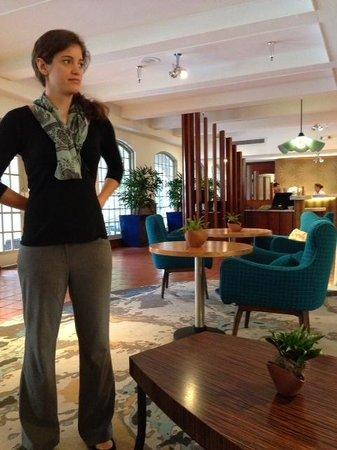Casa De Palmas Renaissance McAllen Hotel: Reception Area/Bar
