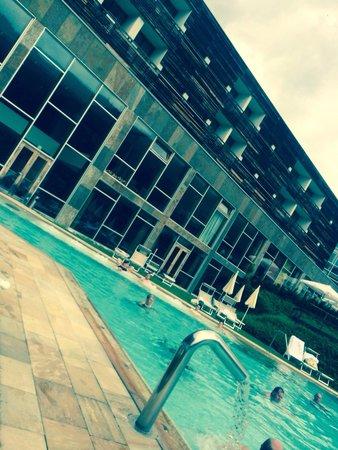 Falkensteiner Hotel & Spa Carinzia: Relax il piscina esterna...