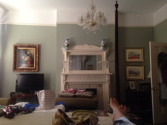 Foley House Inn: Our gorgeous room.