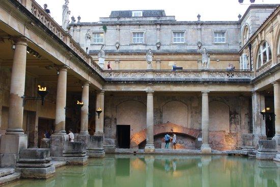 The Roman Baths: Baths