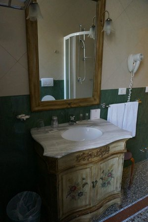 Welcome Piram Hotel: В ванной комнате
