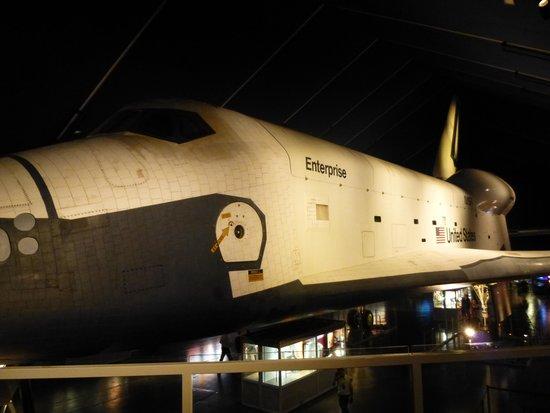 Intrepid Sea, Air & Space Museum : Space Shuttle