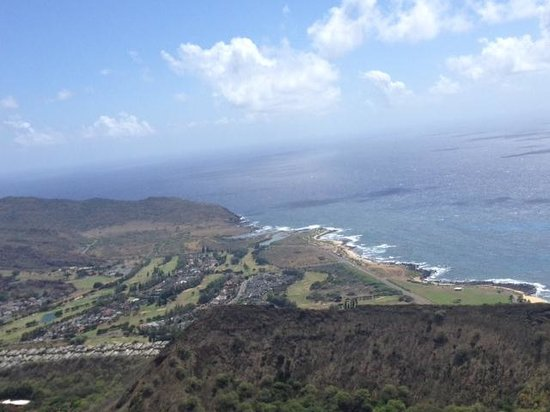 Koko Crater Trail: VIEW FROM THE TOP