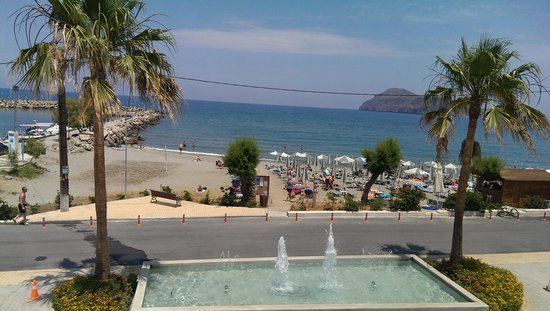 Porto Platanias Beach Resort & Spa : View from the main restaurant
