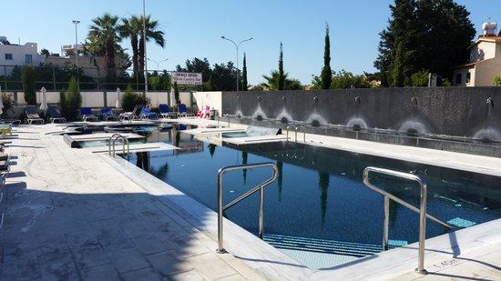 The King Jason Paphos: Great pool