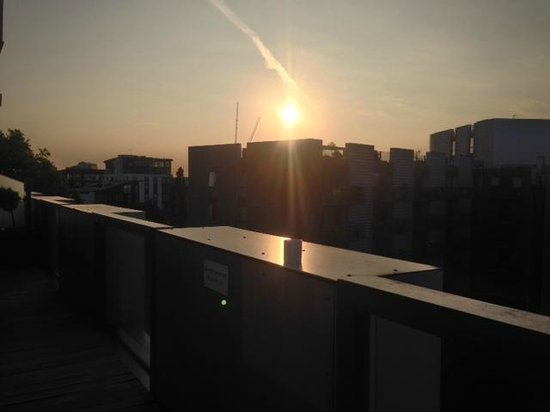 The Bermondsey Square Hotel: Sunrise