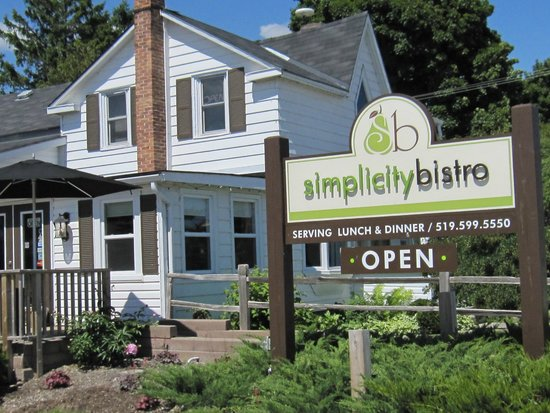 Simplicity Bistro: Inviting....come on in....your taste buds will thank you! :)